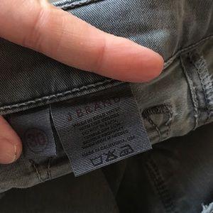 J Brand Jeans - J Brand gray low rise pencil leg vintage pfd sz 30
